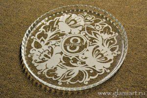 Декорирование стеклянной тарелки к 8 марта