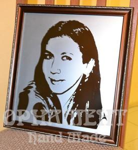 Портрет на зеркале с матированием фона
