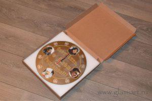Часы на зеркале в подарочной упаковке