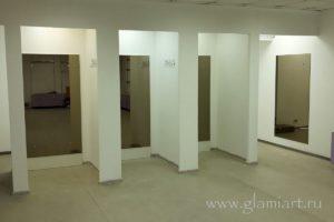Бронзовые зеркала в примерочной