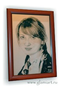 Портрет-гравюра на зеркале Светлана