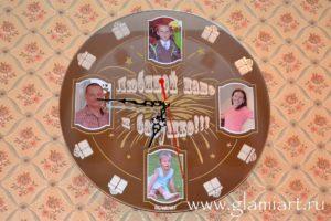 Часы настенные на зеркале Любимой маме и бабушке